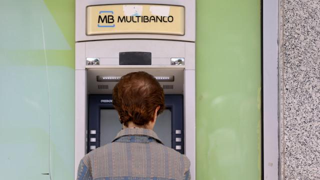 Fecho da CGD deixa 5 mil pessoas sem um único banco ou Multibanco