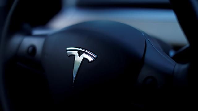 Comprar um Tesla na China sairá mais caro. Quanto? 20 mil dólares