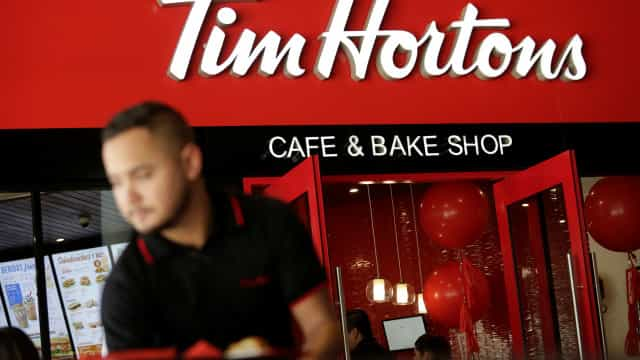 Canadá: Sem abrigo morreu na mesa de café onde vivia há dez anos