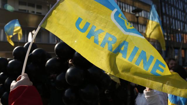 "Vladimir Putin e Petro Poroshenko analisaram ""troca de prisioneiros"""