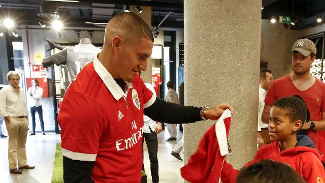 Castillo explica porque decidiu aceitar o convite do Benfica
