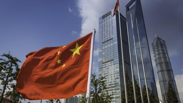China considera taxas dos Estados Unidos inaceitáveis e vai retaliar