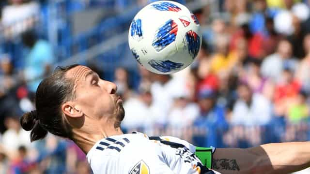 """Ibrahimovic mostra como Raiola o espreme """"até ao último cêntimo"""""""