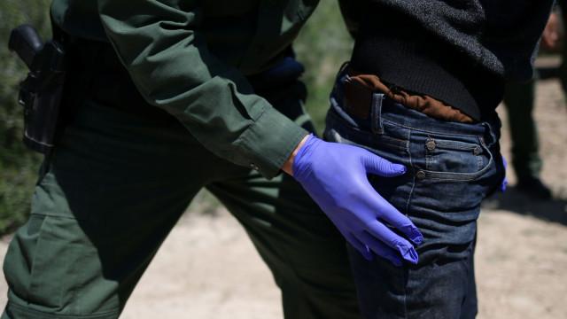EUA: Imigrante enforca-se após ameaça de que o iam separar da família