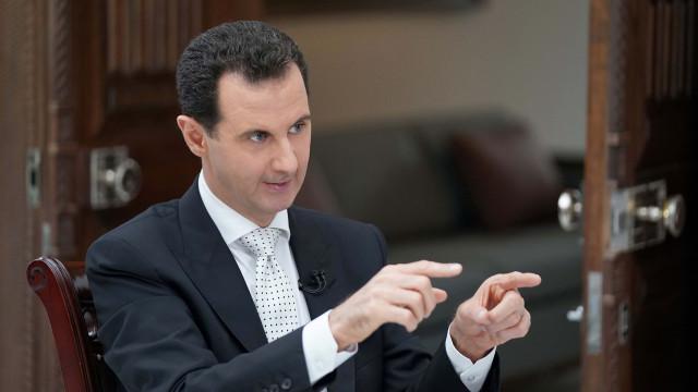 Assad acusa Ocidente de apoiar terroristas e de prolongar guerra na Síria