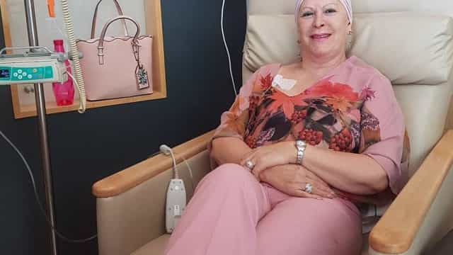 Jô Caneças mostra-se em mais um dia na luta contra o cancro