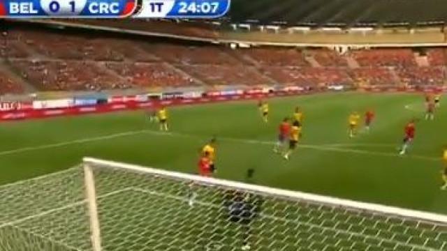 Bryan Ruiz marca golaço pela Costa Rica frente à Bélgica