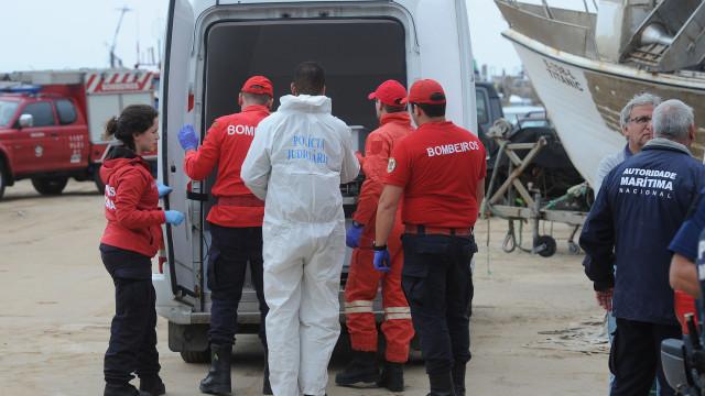 Vítimas de acidente na praia da Ericeira eram turistas australianos