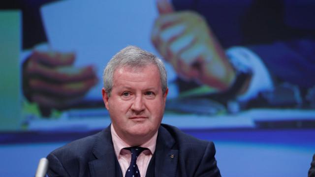 Líder parlamentar escocês expulso da Câmara dos Comuns