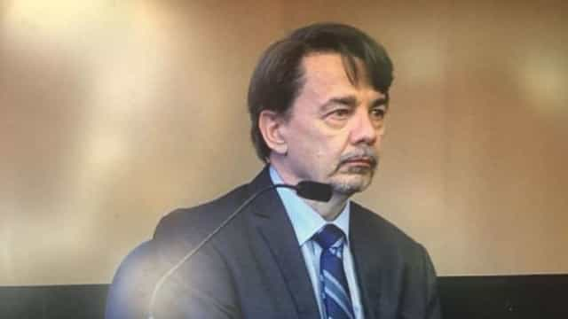 Condutor de Uber condenado a 22 anos de prisão por violação de passageira