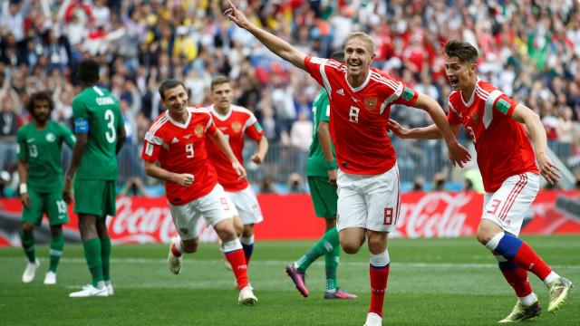 [3-0] Rússia-Arábia Saudita: Está feito o terceiro golo da equipa da casa