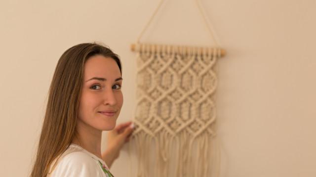 Aprenda a técnica de macramé e faça a sua própria decoração trendy