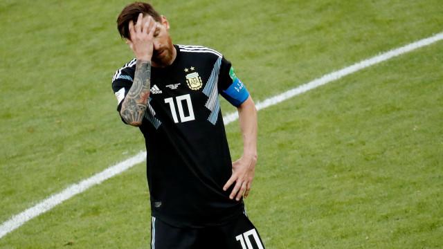 Messi não consegue responder a CR7 e Argentina 'escorrega' na estreia