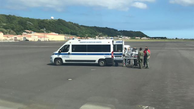 Força Aérea transporta recém-nascido de urgência dos Açores para Lisboa