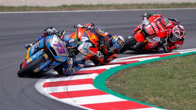 A corrida já tinha terminado quando Miguel Oliveira caiu aparatosamente