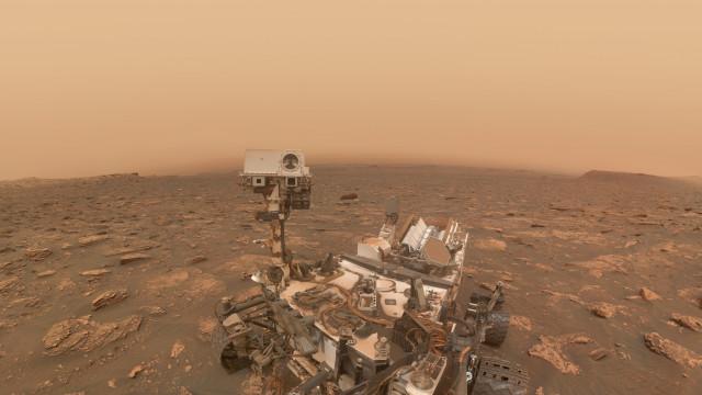 O Curiosity tirou uma selfie no meio de uma tempestade em Marte