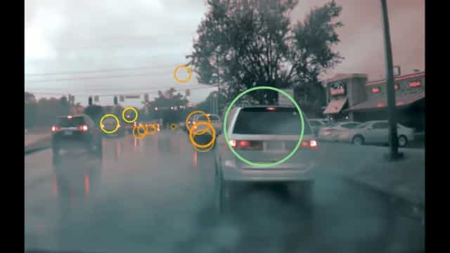 Esta é a visão do mundo do Autopilot da Tesla