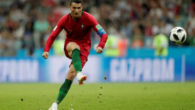 Ronaldo volta a acordar a 'besta' que há em ti