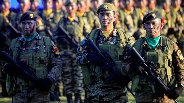 Quase 12 mil deslocados por combates no sul das Filipinas