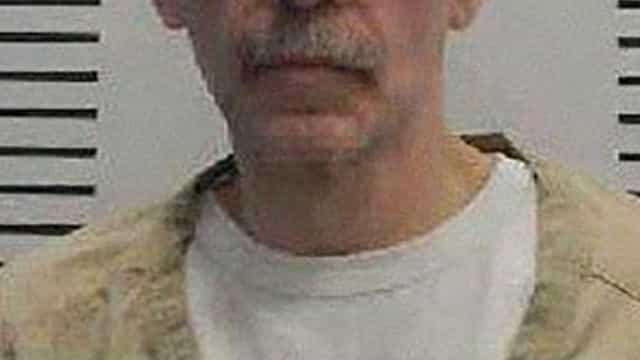 Júri achou que ia gostar da prisão por ser gay. Foi condenado à morte