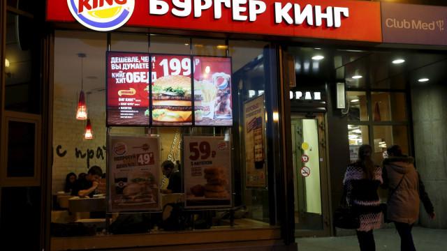 Burguer King dá hambúrgueres a quem ficar grávida de jogadores do Mundial