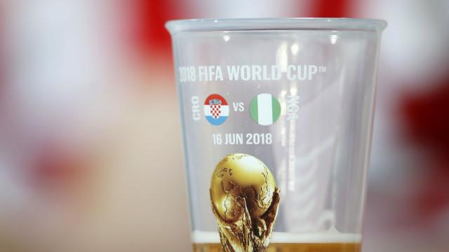 Febre do Mundial está a deixar Moscovo sem cerveja, dizem comerciantes