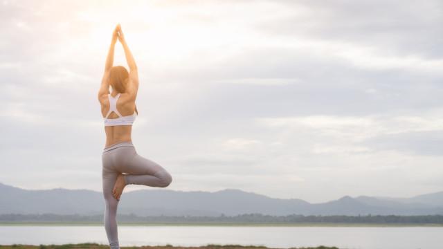 Dia Internacional do Yoga junta no Porto mais de 2.000 praticantes