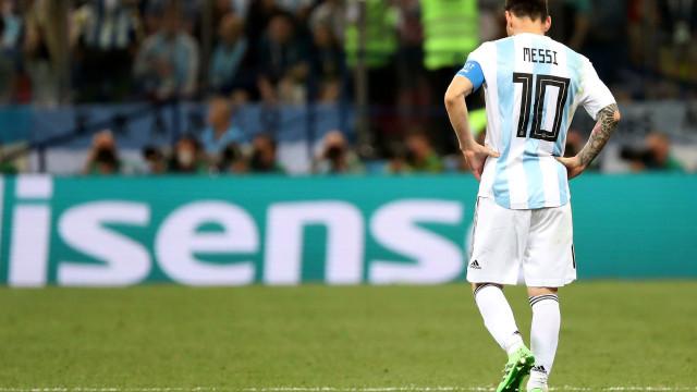 Camisola 10 de Messi 'fechada' a sete chaves