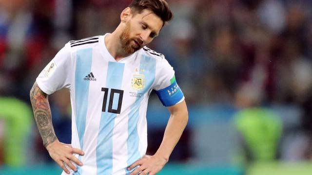 'Don't cry for me Argentina': As imagens que mostram a deceção de Messi
