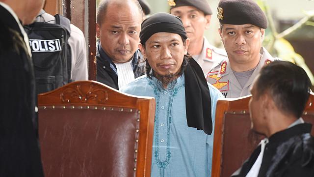 Tribunal da Indonésia condenou à morte alegado líder do Daesh no país