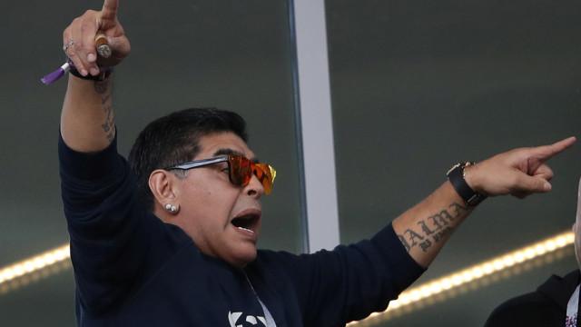 """Maradona furioso: """"Tenho uma raiva que não se pode transmitir"""""""