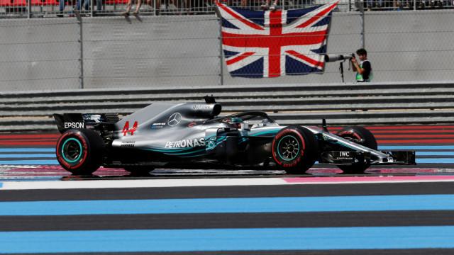 Piloto britânico 'assaltou' o GP de França. Vettel foi um desastre