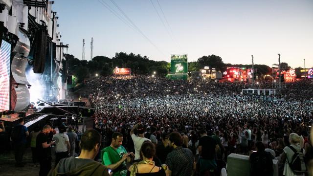Mais de 300 pessoas assistidas no Rock in Rio por ansiedade e escaldões