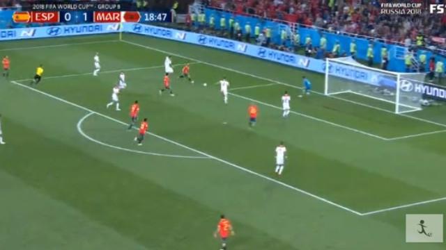 Iniesta redime-se e dá o golo a Isco. Está feito o empate de Espanha