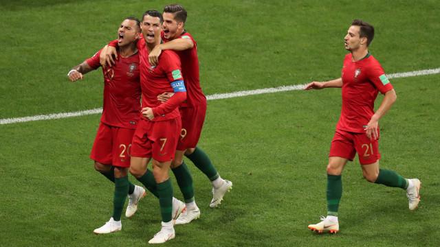 [0-1] Irão-Portugal: Fernando Santos lança Moutinho