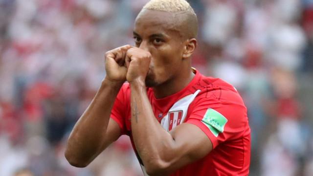 Carrillo deixa Rui Vitória para 'abraçar' planos de Jorge Jesus