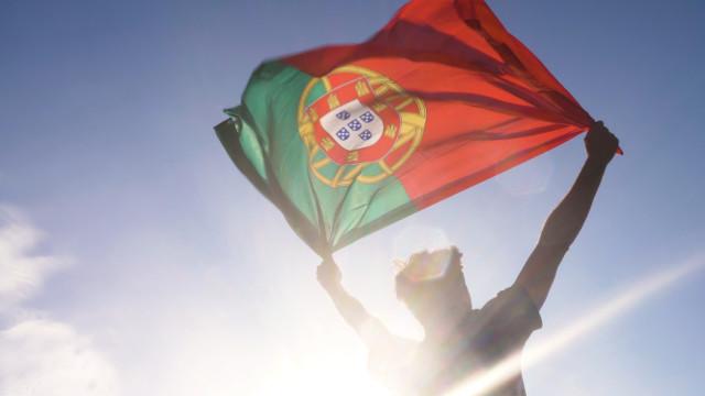 Dívida pública portuguesa tem 4.º recuo mas permanece 3.ª maior da UE