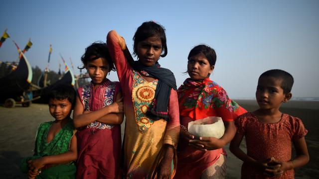Polícia cancela fórum sobre abuso de direitos humanos dos rohingya