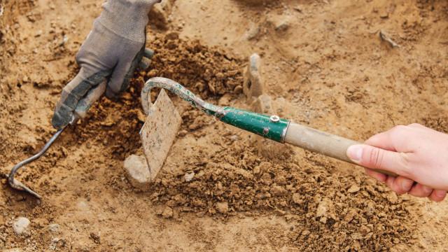 Descobertos achados da Idade do Bronze na construção de centro de saúde