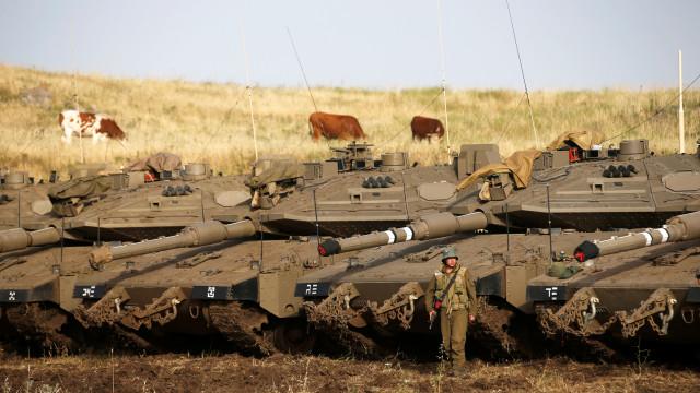 Israel lamenta abate de avião russo, acusa regime e aliados