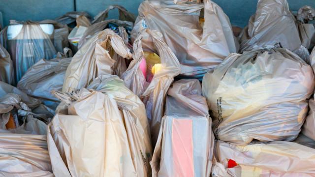 O que é preciso mudar nos sacos de compras (e nas entregas em casa)