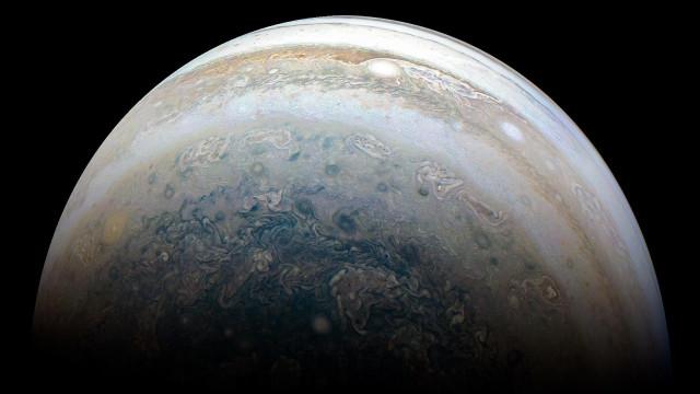 Mais um dia, mais uma imagem impressionante de Júpiter