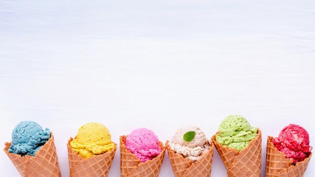 É por isso que se deve conter no consumo de gelados, mesmo os light