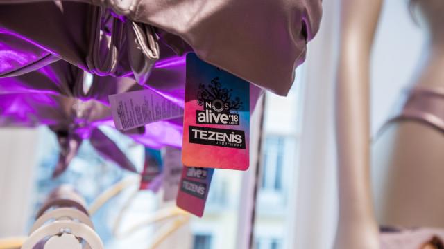 Tezenis lança coleção com o NOS Alive e celebra-a com lounge no festival