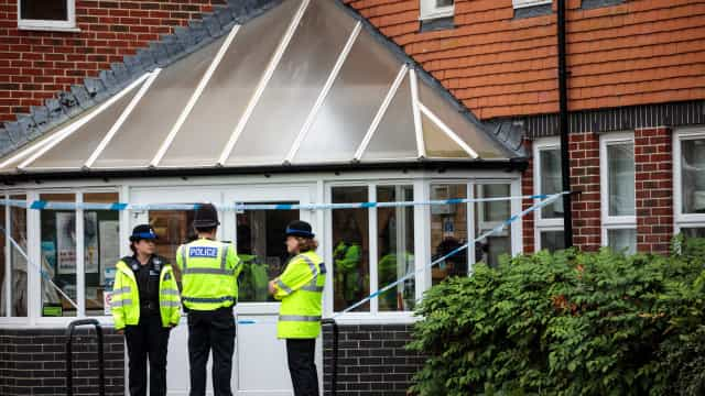 Polícia encontrou garrafa com Novichok na casa de uma das vítimas