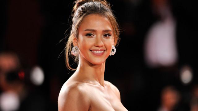 Jessica Alba revela chave para romance duradouro