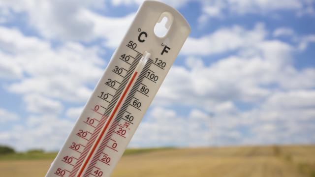 Onze distritos do continente e Madeira sob aviso devido ao tempo quente