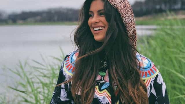 De viagem pelo Peru, Carolina Loureiro assinala data especial
