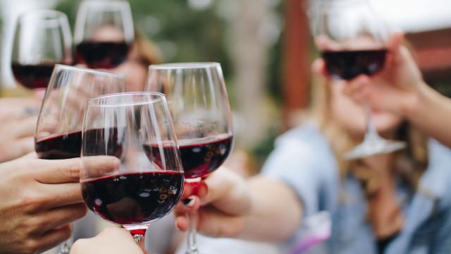 Governo da Madeira anuncia apoio à criação de Museu do Vinho