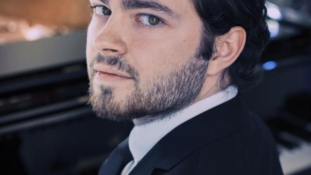 Jovem prodígio do piano dá espetáculo gratuito em Caminha